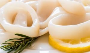 Calamari, il vizio di sbiancarli con l'acqua ossigenata...