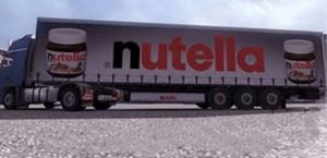 A1 invasa di Nutella: camion si ribalda ad Attigliano