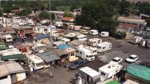 Roma, rissa al campo rom della Magliana: 2 donne e 1 uomo feriti