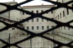 Gorizia, manca personale nel carcere: protesta polizia penitenziaria