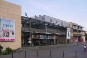 Germania: uomo spara in un cinema e fa decine feriti. Catturato