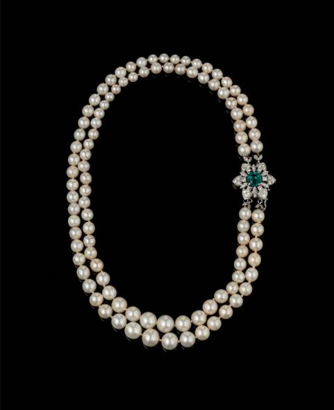 Collana di perle battuta all'asta per un milione di euro