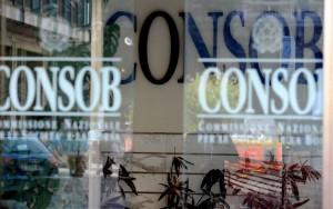 Guarda la versione ingrandita di Banche, Governo scarica Vegas e Consob: