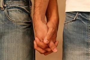 Ricongiungimento negato a coppia gay: Strasburgo condanna Italia