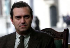 Comunali Napoli, De Magistris guida col 42%, Lettieri al 24%