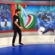VIDEO YOUTUBE Diletta Leotta palleggia in studio, Del Piero invece...