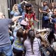 Dolce&Gabbana, campagna nei vicoli di Napoli FOTO
