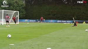 Gareth Bale, sforbiciata spettacolare in allenamento