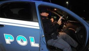 Arezzo, chiusa e violentata in casolare: caccia a tre nordafricani