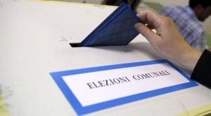 Guarda la versione ingrandita di Ballottaggi, exit poll: Virginia Raggi e Chiara Appendino avanti