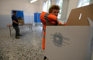 Guarda la versione ingrandita di Lega M5s, si somigliano e si pigliano. Asse ai ballottaggi?ANSA/STRINGER