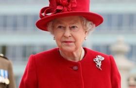 Brexit, la regina Elisabetta pensa di cedere la reggenza a Carlo