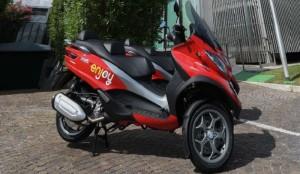 Guarda la versione ingrandita di Eni Enjoy scooter sharing arriva anche a Roma: le novità