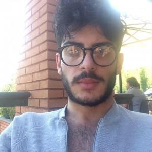 """Lele Mora: il """"sosia"""" di Fabrizio Corona la sua ultima scoperta"""