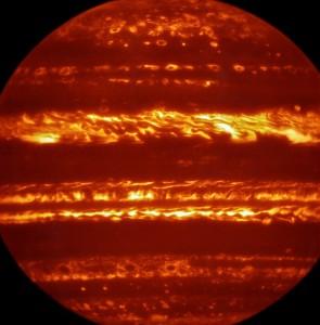 YOUTUBE Giove in attesa della sonda Juno, video mozzafiato