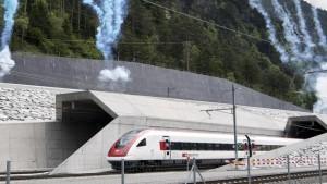 Gottardo nuova galleria: 30 minuti in meno Milano-Zurigo