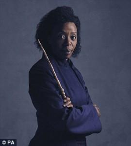 Guarda la versione ingrandita di Harry Potter, a teatro Hermione è nera. E J.K. Rowling...