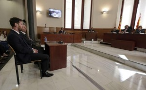 Leo Messi in tribunale (foto Ansa)