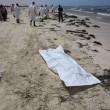 Migranti, naufragio a Creta. Libia, 117 corpi in spiaggia 6