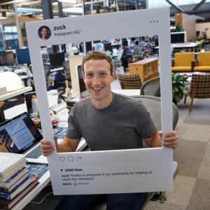 Facebook, l'ossessione di Zuckerberg svelata in questa foto
