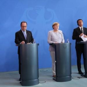 """Brexit, Merkel: """"Non bisogna perdere tempo"""". Renzi: """"Si volta pagina"""""""