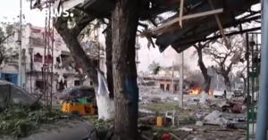 YOUTUBE Mogadiscio, attentato terroristi Shabaab ad hotel