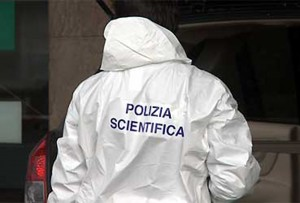 Trovata donna morta in casa a Roma, ipotesi omicidio