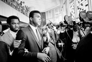 A Cassius Clay rubarono la bici diventò Muhammad Ali pugile