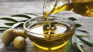 Olio d'oliva, multe salate Antitrust per i finti extravergine
