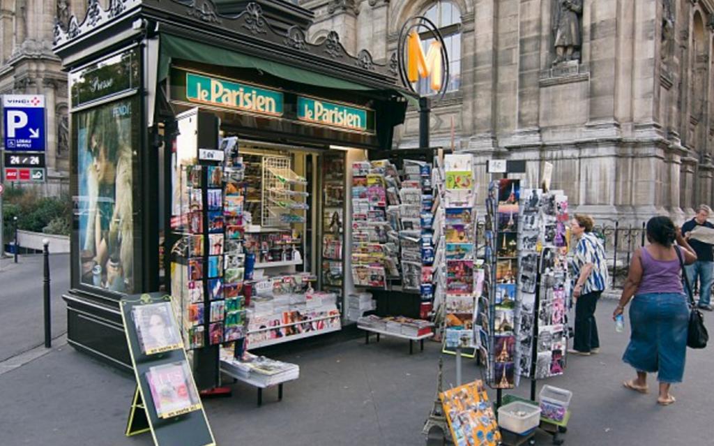 Parigi, edicole storiche a rischio: vogliono sostituirle FOTO 2