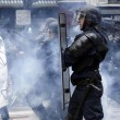 YOUTUBE Parigi: scontri manifestanti-Polizia per Jobs Act6