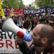 YOUTUBE Parigi: scontri manifestanti-Polizia per Jobs Act2