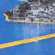 La passione di Christo, decine di migliaia sul calvario treni file e caldo