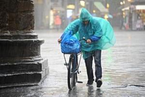 Guarda la versione ingrandita di Meteo weekend 25-26 giugno: tregua al caldo intenso, arriva pioggia