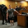 YOUTUBE Oscar Pistorius in Tribunale senza protesi FOTO 5