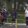 YOUTUBE Ultras picchiano presidente squadra, lui torna con la pistola...