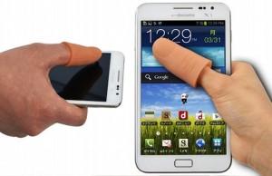 Pollice gigante se usi troppo lo smartphone