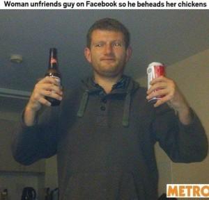 Lei lo rimuove dagli amici di Facebook, lui uccide le sue galline