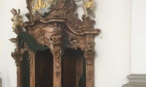 Incendio in cattedrale San Gallo, turisti spengono con acqua santa
