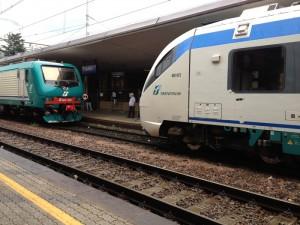 Guarda la versione ingrandita di Perugia, donna investita da treno: gambe amputate