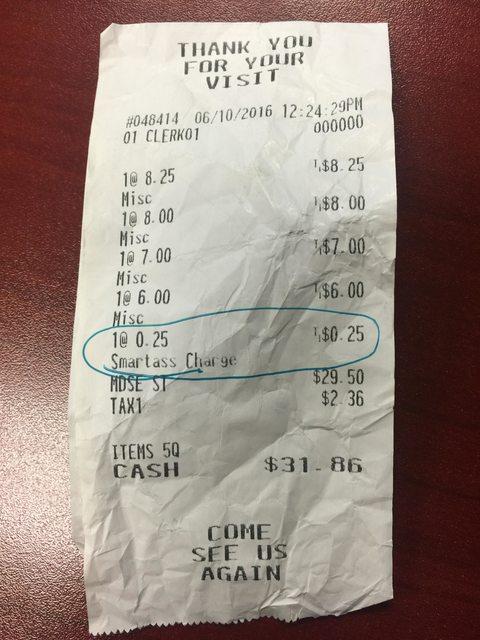 Tassa su ironia: quando arriva lo scontrino deve pagare...FOTO