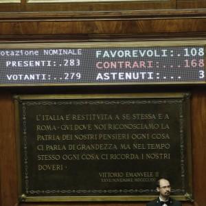 Italicum bivio Renzi: mangiato da M5S o spolpato da cavallette?