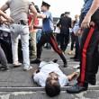 Sesto Fiorentino, lavoratori cinesi in rivolta contro i controlli: cariche e feriti7