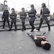 Sesto Fiorentino, lavoratori cinesi in rivolta contro i controlli: cariche e feriti8