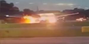 Guarda la versione ingrandita di YOUTUBE Singapore - Milano: aereo in fiamme torna indietro