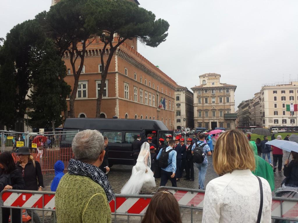 """2 giugno, Mattarella: """"E' festa di un'Italia migliore"""