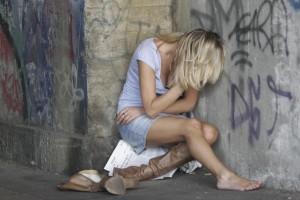 Salerno, violenza di gruppo su sedicenne, arrestati 5 minori