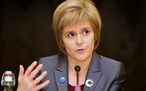 """Brexit, Sturgeon: """"Scozia pronta a bloccare uscita da Ue"""""""