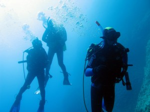 Sub si immerge a Portofino, malore dopo la risalita: grave in ospedale