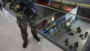 Guarda la versione ingrandita di Isis cambia le rotte dei turisti: crolla Turchia, tutti in Islanda